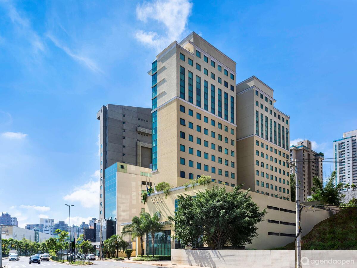 Caesar Business Belo Horizonte Belvedere localizado em Belvedere , Belo Horizonte tem 5 salas e espaços para Reunião e Evento. Alugue sala para reunião, palestra, workshop, apresentação, e muito mais!