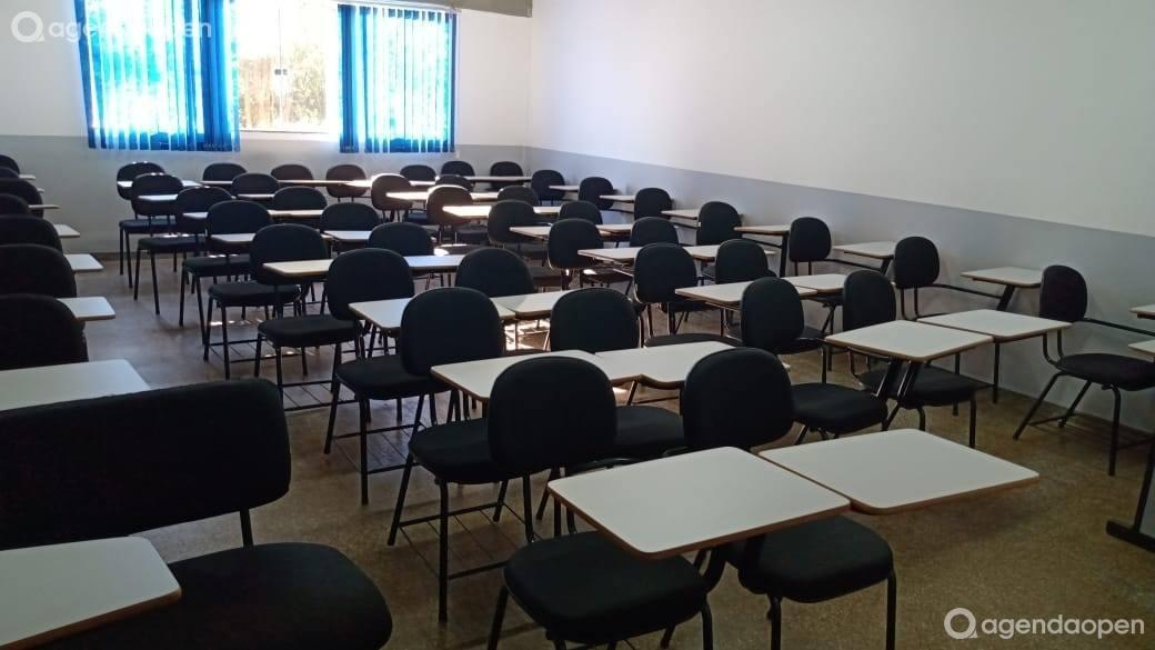 Sala de aula tamanho P