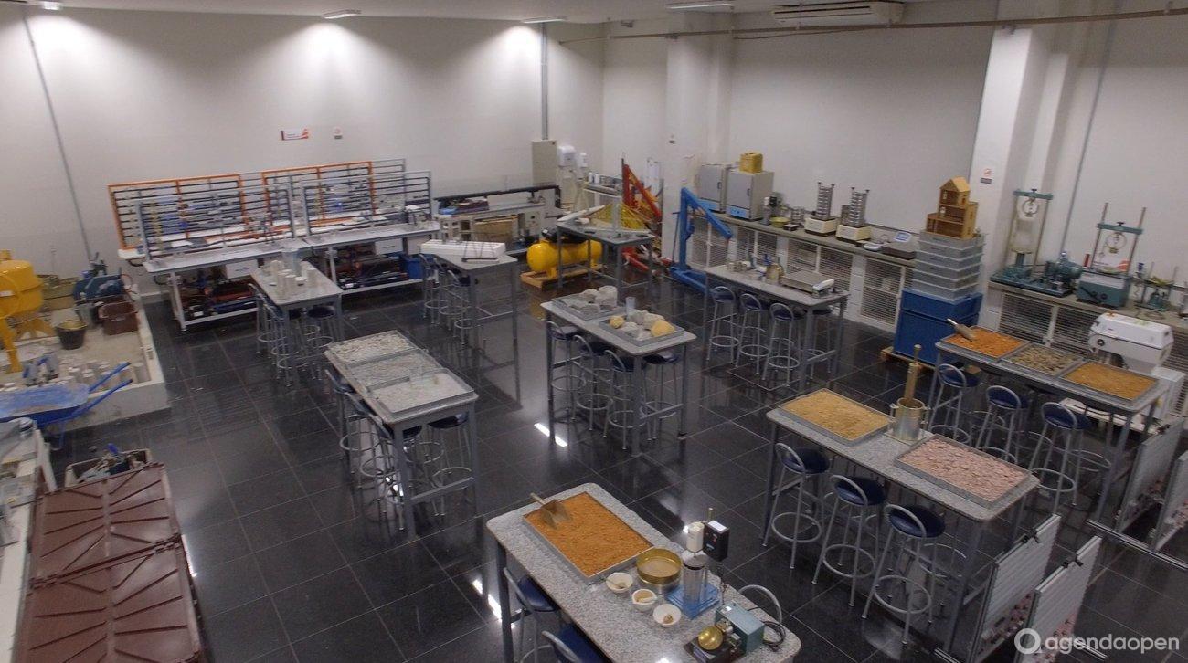 Laboratório de Engenharia Civil