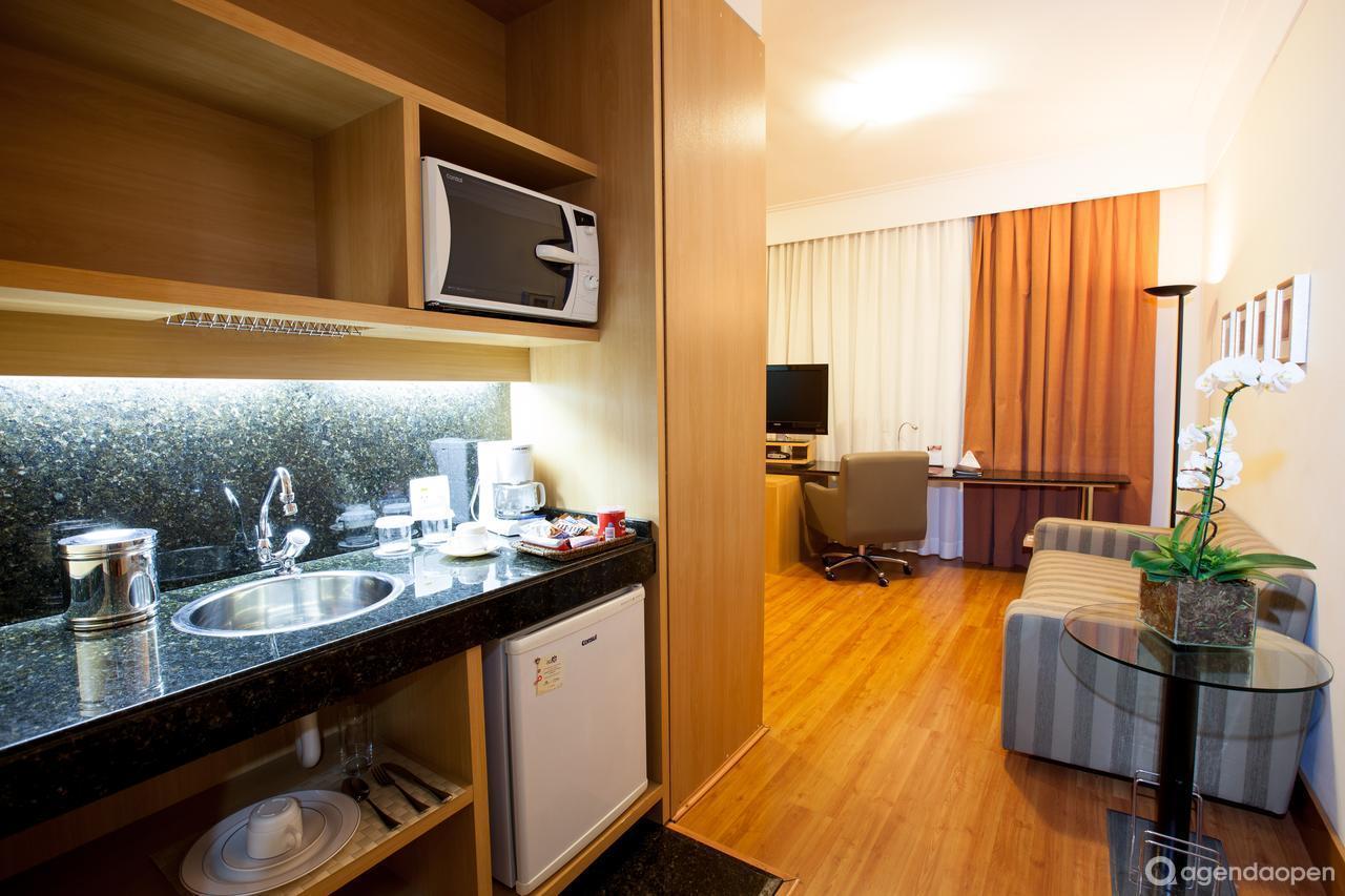 Clarion Hotel Lourdes - Belo Horizonte localizado em Lourdes , Belo Horizonte tem 4 salas e espaços para Reunião e Evento. Alugue sala para reunião, palestra, workshop, apresentação, e muito mais!